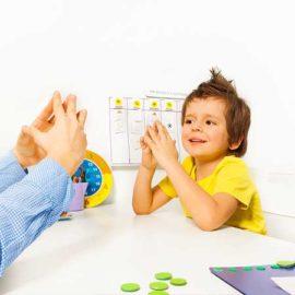 ออทิสติก เป็นความผิดปกติของสมอง ซึ่งพบได้ในเด็กก่อนอายุ 3ขวบ