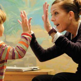 วิธีการดูพฤติกรรมเด็กว่าเสี่ยงเป็นออทิสติกหรือไม่